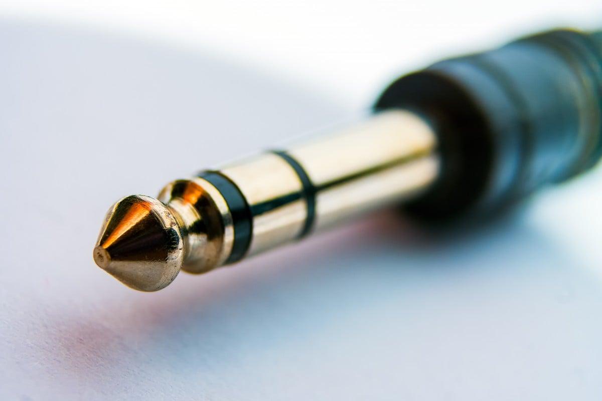 Tabletowo.pl Microsoft ma pomysł na zmniejszenie portu słuchawkowego o połowę, ale co z tego? Koncepcje Microsoft