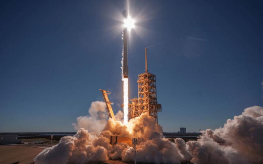 Tabletowo.pl W hangarach Elona Muska znowu coś wybuchło. Tym razem to nowy typ silnika rakietowego Ciekawostki Technologie
