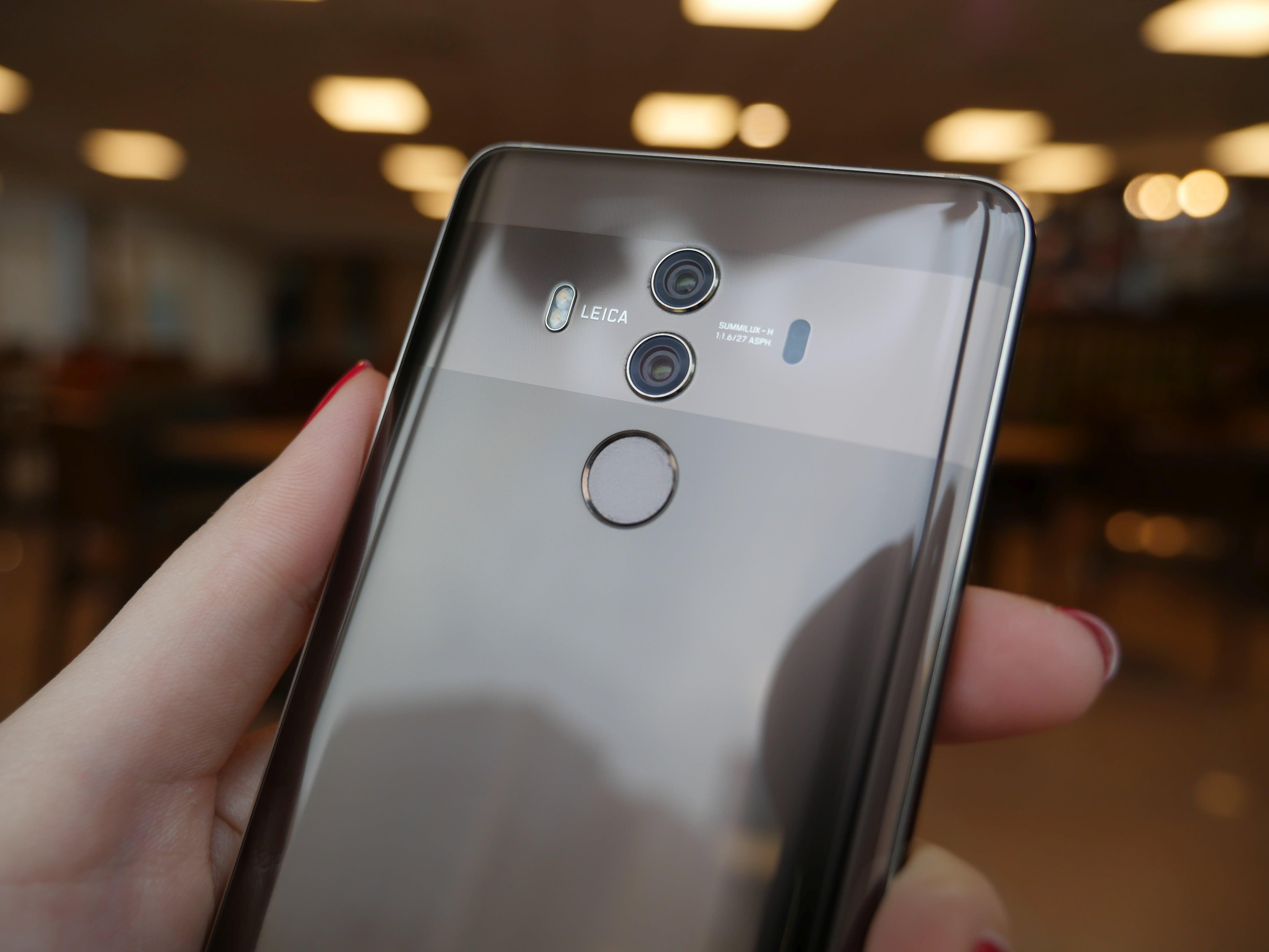 Tabletowo.pl Huawei Mate 10 Pro staniał o 500 złotych, ale bardziej atrakcyjna cena to tylko jeden z argumentów, aby go kupić Android Huawei Nowości Smartfony