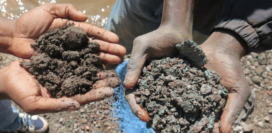 Tabletowo.pl Tylko kilku firmom zależy, by nie kupować kobaltu z kopalni w Kongo, w których pracują dzieci. M.in. Apple Apple Technologie