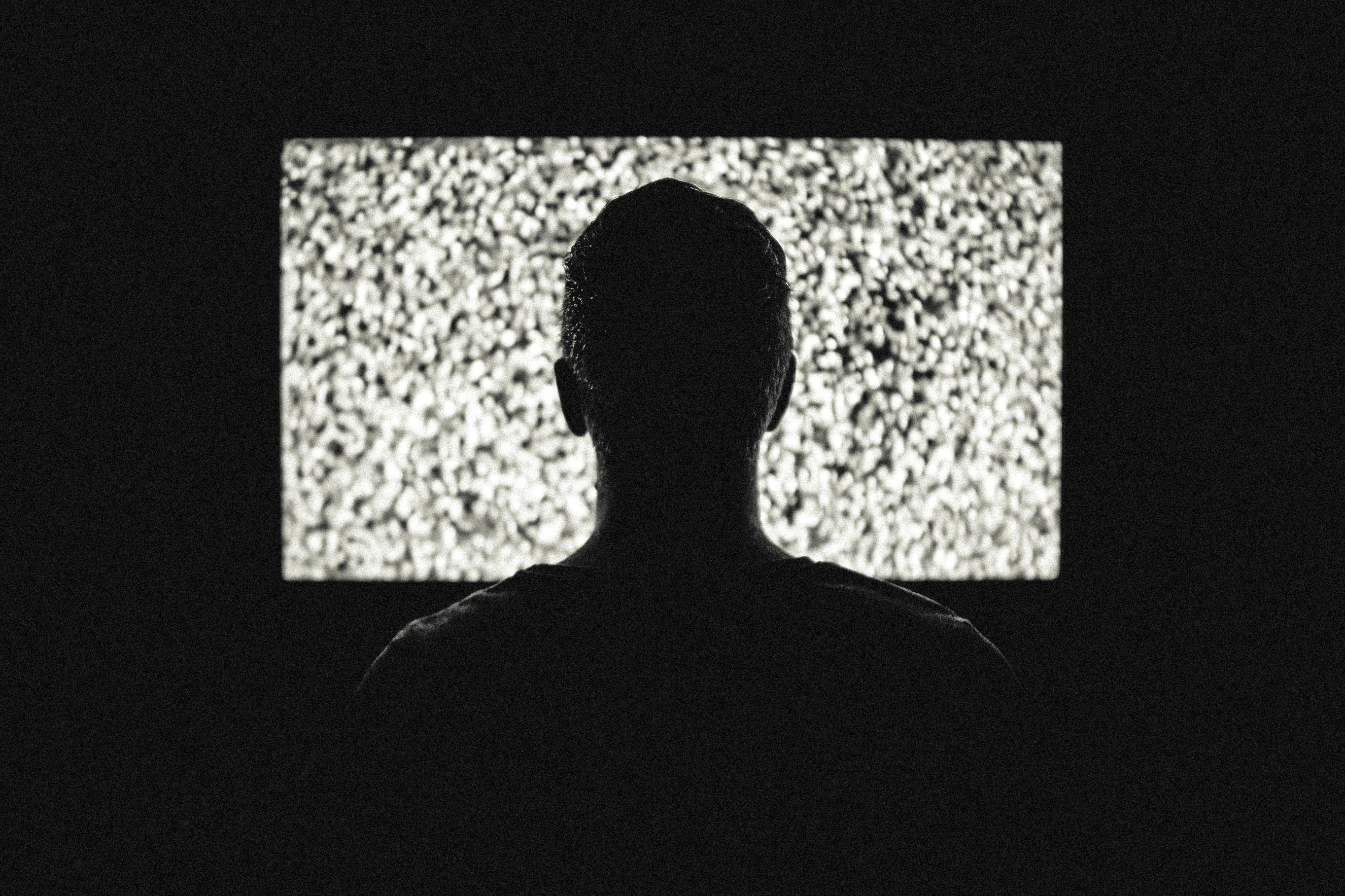 Tabletowo.pl Samsung pokaże pierwszy telewizor z asystentem Bixby. Gadanie do ściany nabierze innego wymiaru Asystenci głosowi Technologie