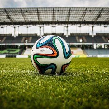 piłka nożna boisko stadion piłkarski