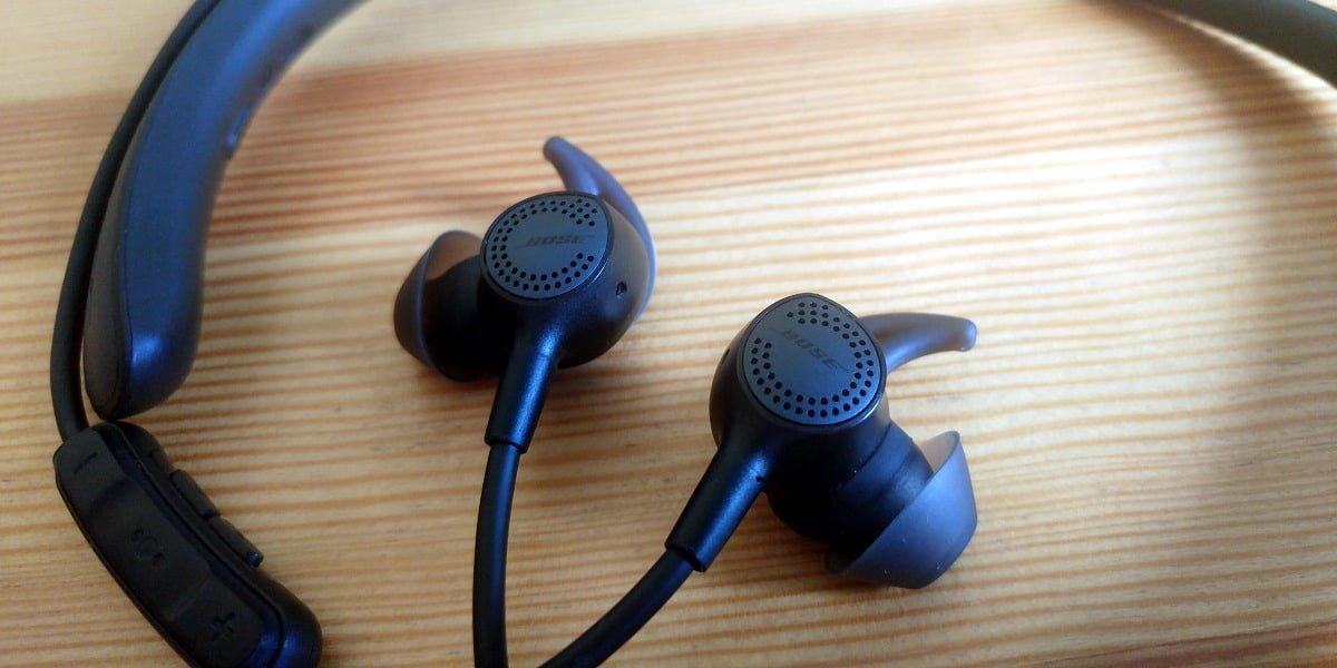 Recenzja słuchawek bezprzewodowych Bose QuietComfort 30 - tym razem cisza jest przede wszystkim przed burzą 20
