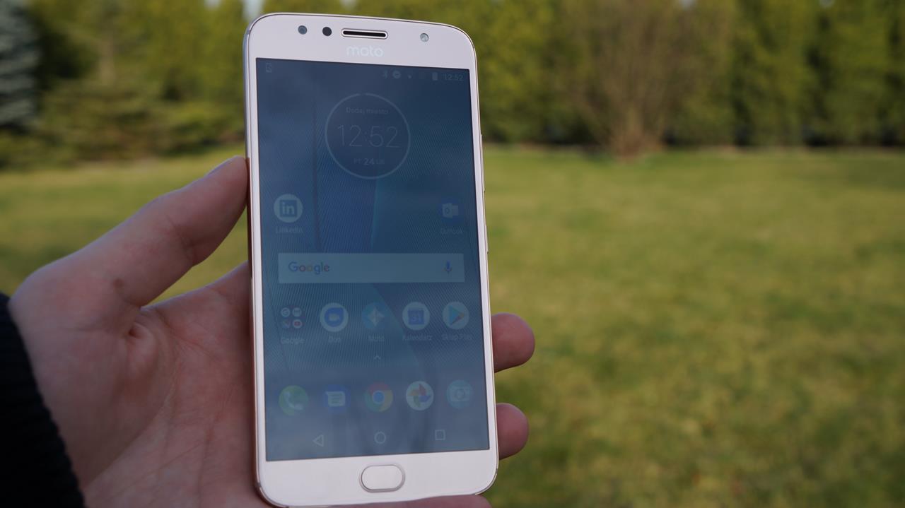 Tabletowo.pl Test typowego średniaka, czyli recenzja Moto G5S Plus Android Lenovo Motorola Recenzje Smartfony