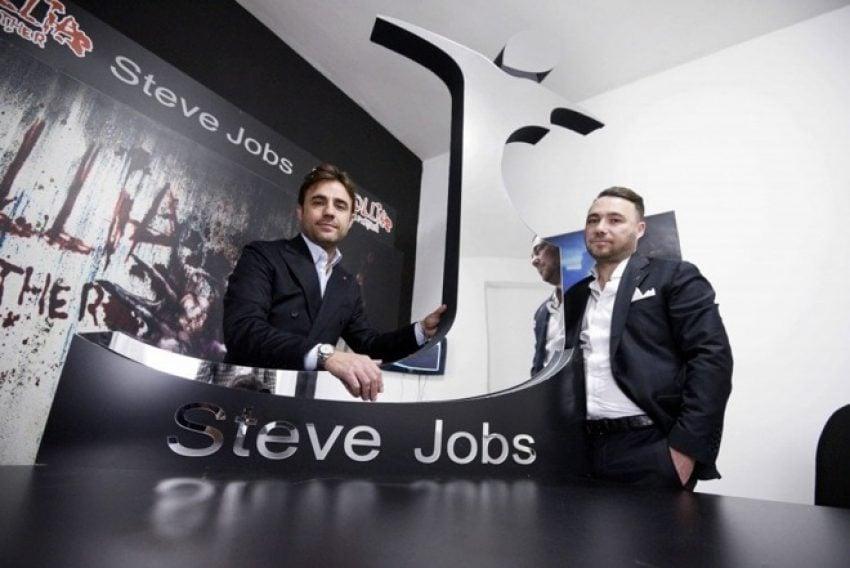 """Tabletowo.pl Apple przegrało. Prawa do marki """"Steve Jobs"""" pozostają w rękach włoskich projektanów mody Apple Ciekawostki"""