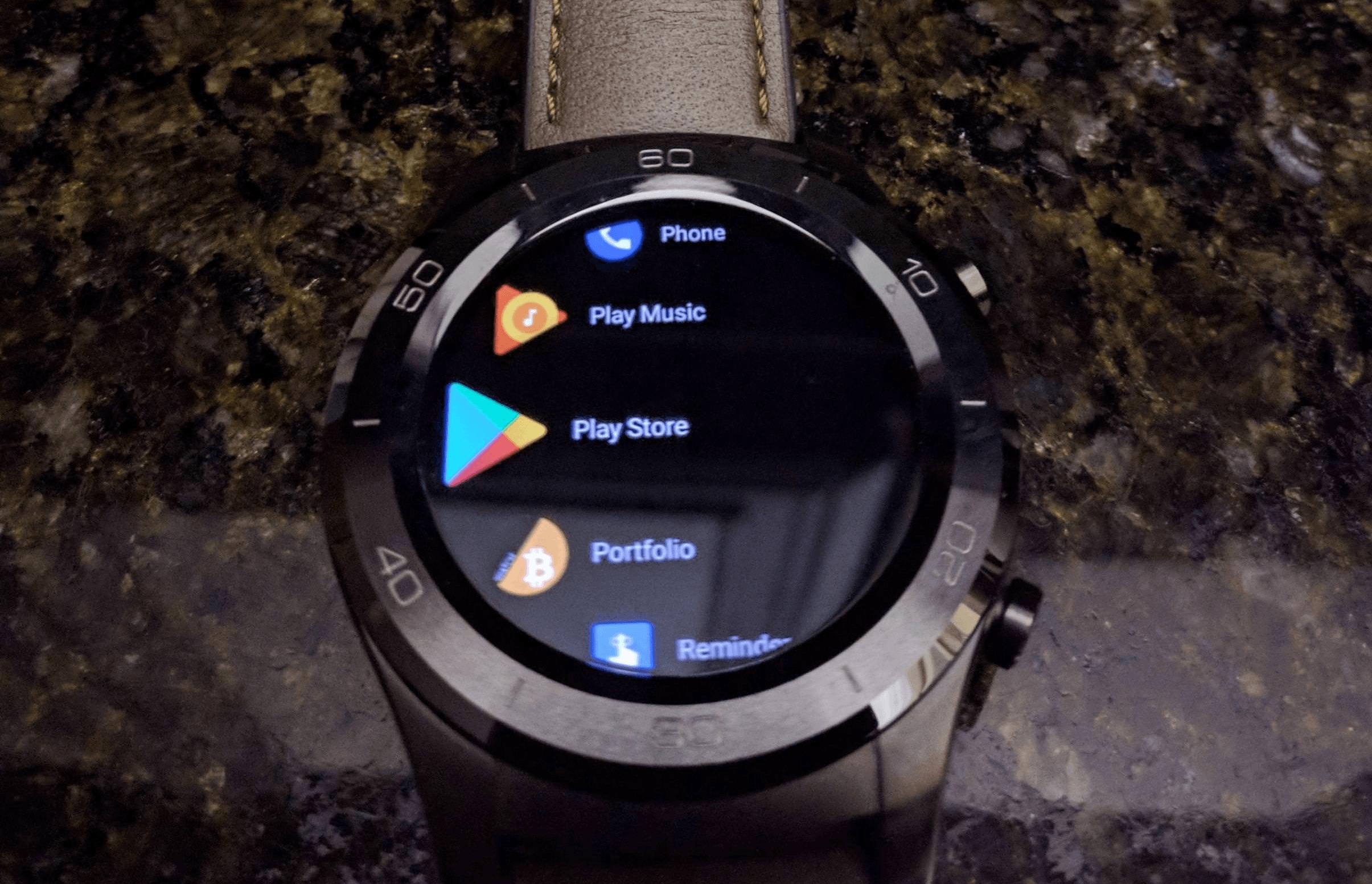 Dzięki aktualizacji Android Wear 2.8, interfejs smartwatchy będzie bardziej przejrzysty 19