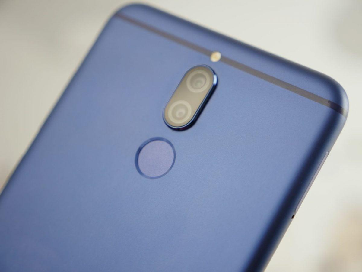 Tabletowo.pl Chodzi Ci po głowie Huawei Mate 10 Lite? A co powiesz na selfie sticka gratis? Promocje Smartfony