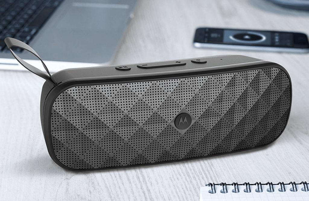Motorola też ma własne głośniki Bluetooth. Dlaczego te sprzęty zawsze muszą być takie brzydkie? 28