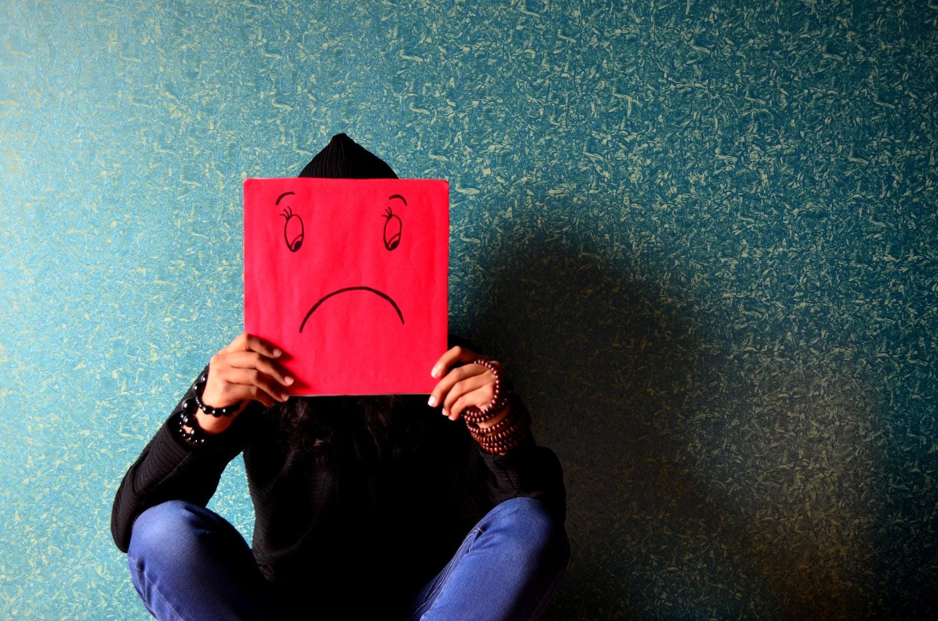 Smartfony i Facebook sprawiły, że ludzie stali się nieszczęśliwi 27