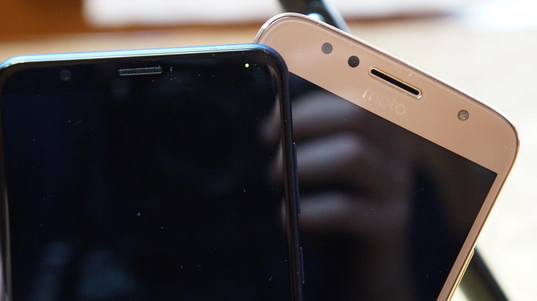 Porównanie średniaków: Honor 7X vs Motorola Moto G5S Plus 29