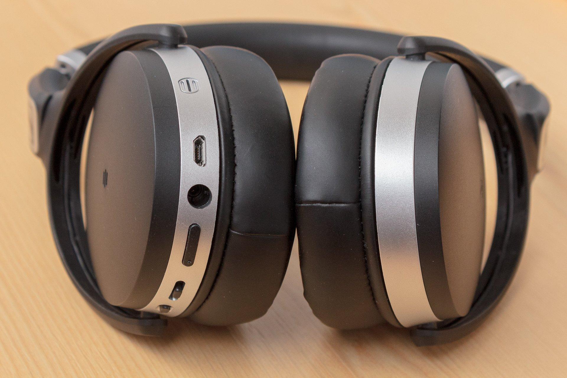 Recenzja Sennheiser HD 4.50 BTNC - doskonały dźwięk w wielkiej obudowie 24