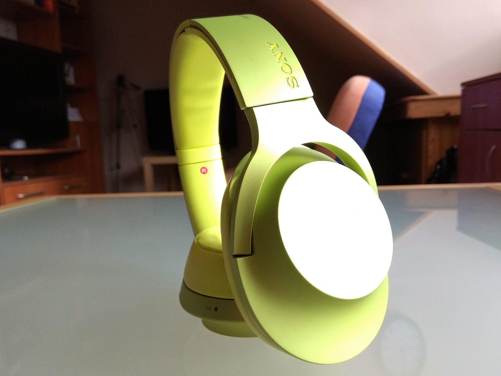 Recenzja słuchawek bezprzewodowych Sony MDR-100ABN. Dobre decyzje brzmią właśnie w ten sposób 21