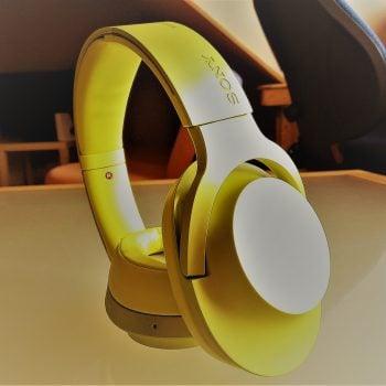 Recenzja słuchawek bezprzewodowych Sony MDR-100ABN. Dobre decyzje brzmią właśnie w ten sposób 22