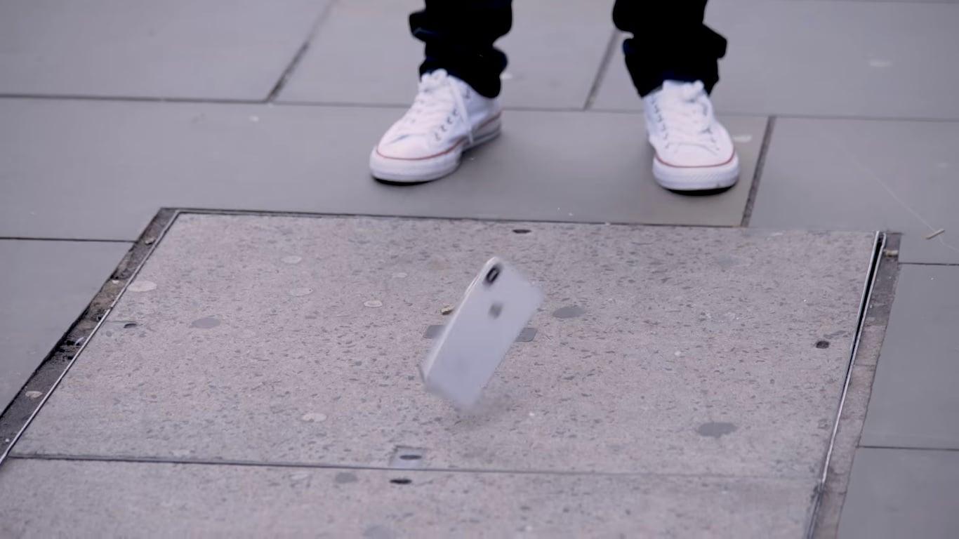 OnePlus 5T jest jak Struś Pędziwiatr. Za to iPhone X, iPhone 8, Galaxy S8 i Galaxy Note 8 fajnie rozbijają się o ziemię 28