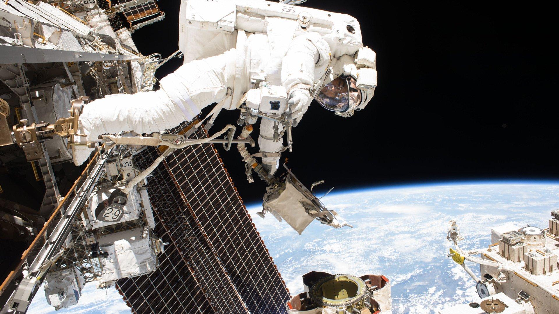 Tabletowo.pl MiniNauka #5: Po co nam Międzynarodowa Stacja Kosmiczna? Ciekawostki Cykle Felietony Nowości