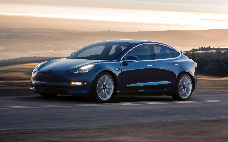 Tabletowo.pl Elon Musk szybko reaguje na wypadek z udziałem Tesli 3. Będą poprawki Moto