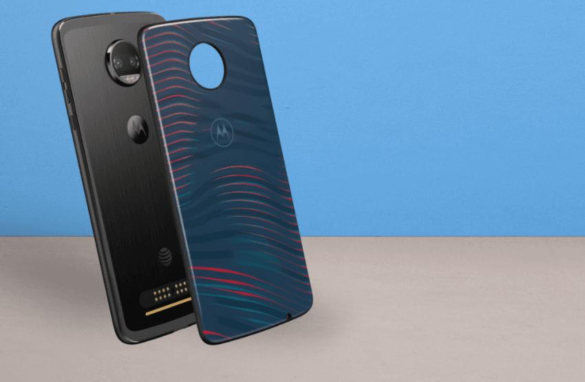 Tabletowo.pl Nowe moduły Moto Shells zrobiono ze szkła Gorilla Glass 5. Dla wzmocnienia efektu Akcesoria Motorola