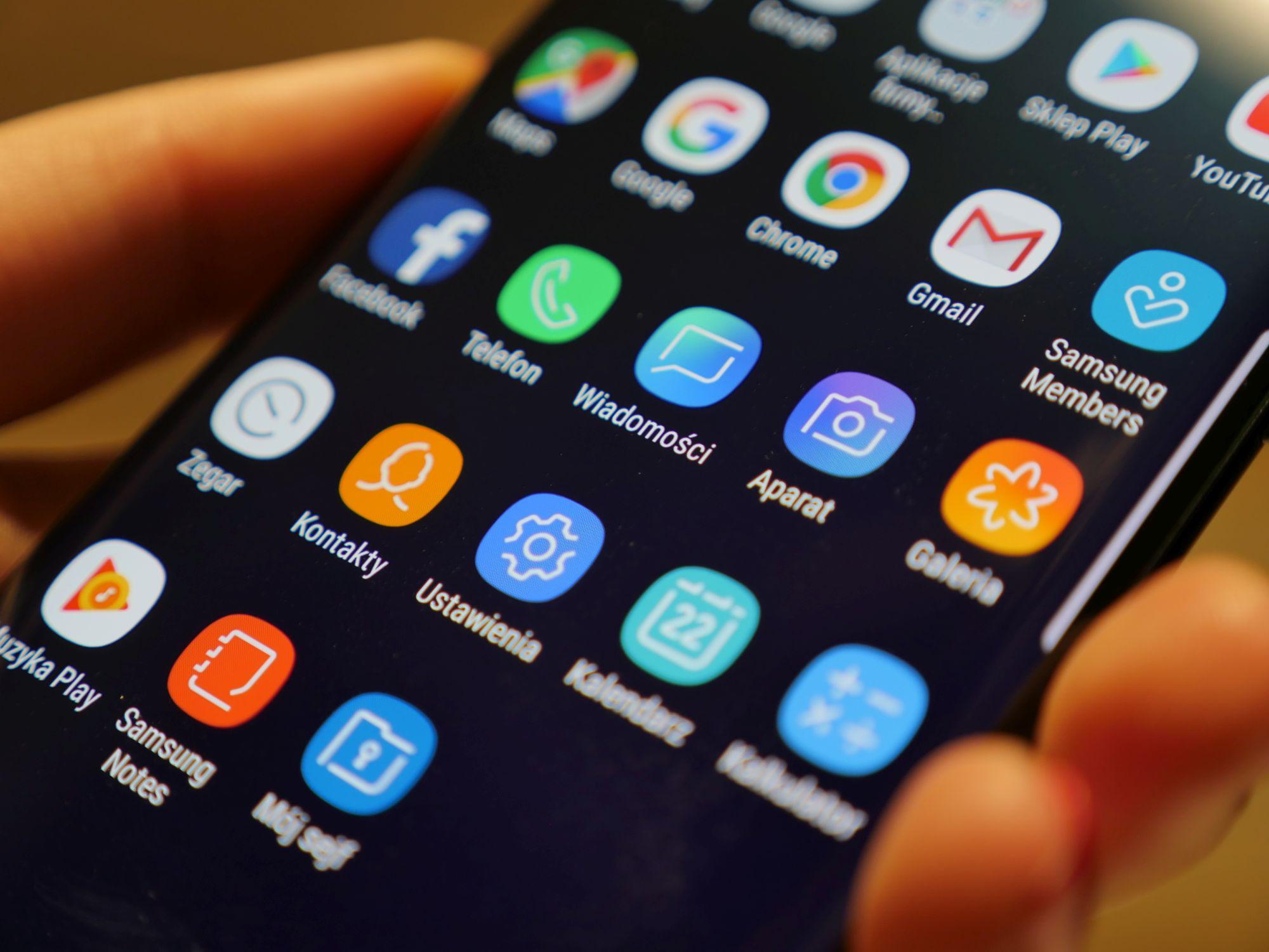 Twój Samsung czeka na nowsze poprawki zabezpieczeń? Sprawdź, kiedy je dostaniesz, jeśli w ogóle 21