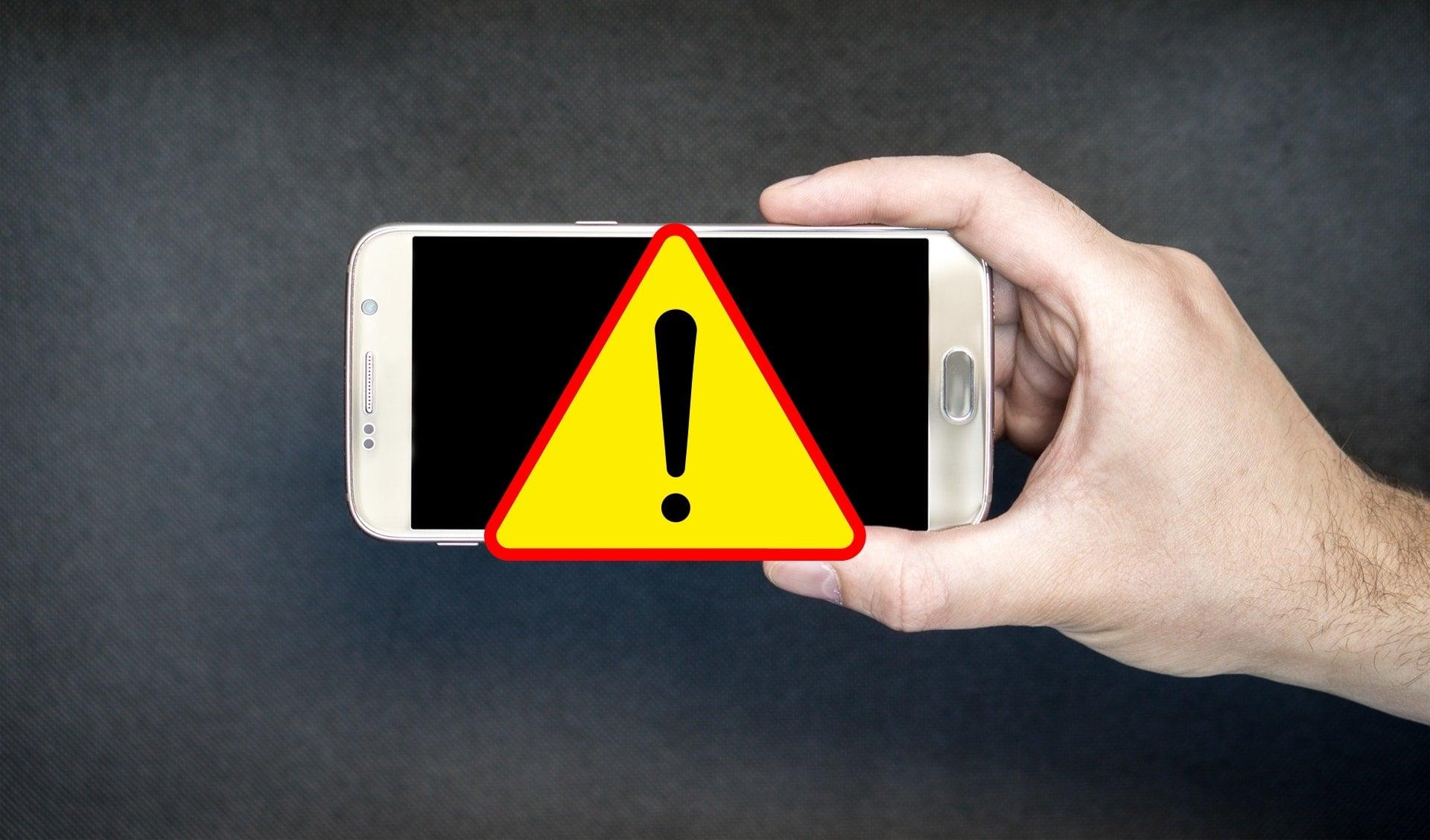 Tabletowo.pl Uwaga na kolejne oszustwo SMS-owe! Tym razem oszuści przypominają o rzekomej zaległości na koncie Bezpieczeństwo GSM