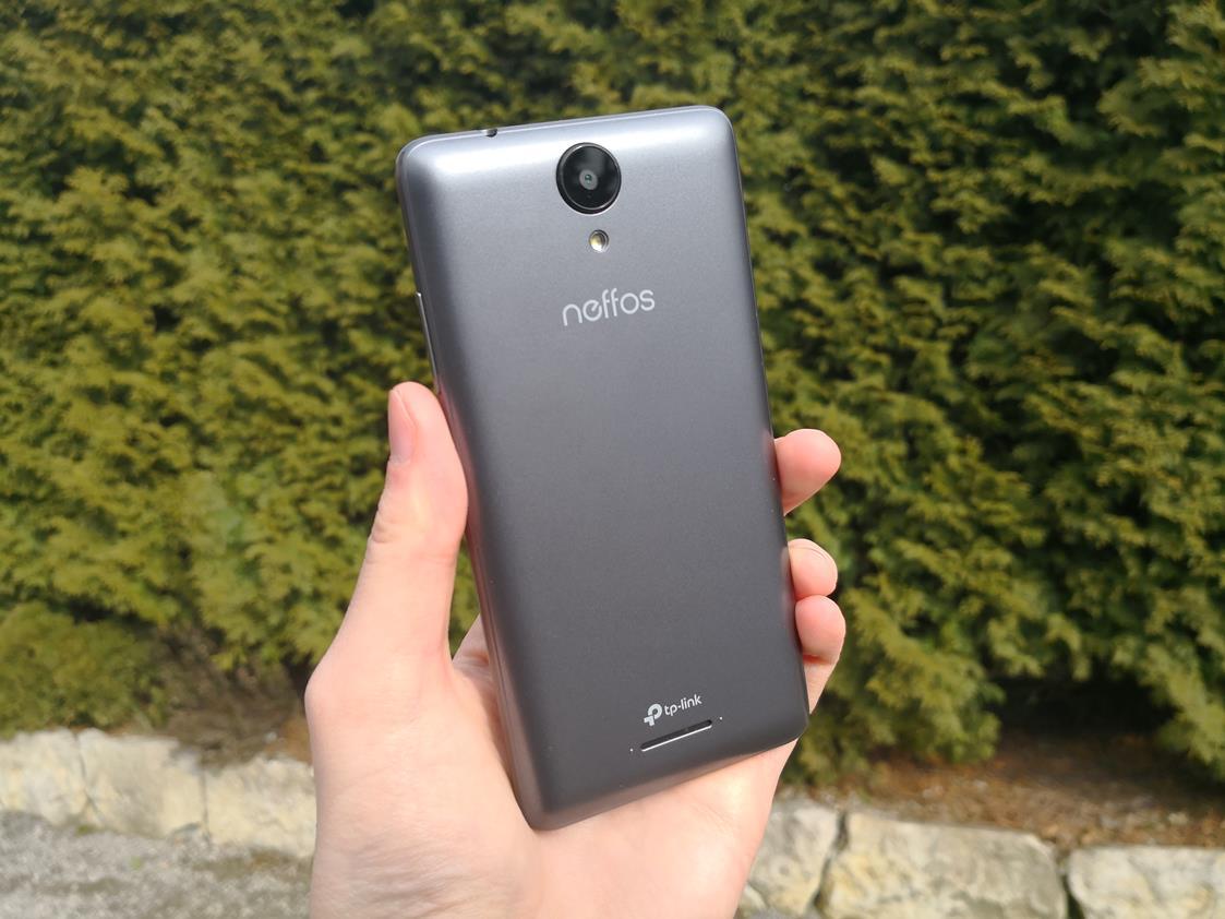 Tabletowo.pl Recenzja TP-Link Neffos C5A - kosztuje grosze, a mimo wszystko ma kilka niezaprzeczalnych zalet Android Recenzje Smartfony