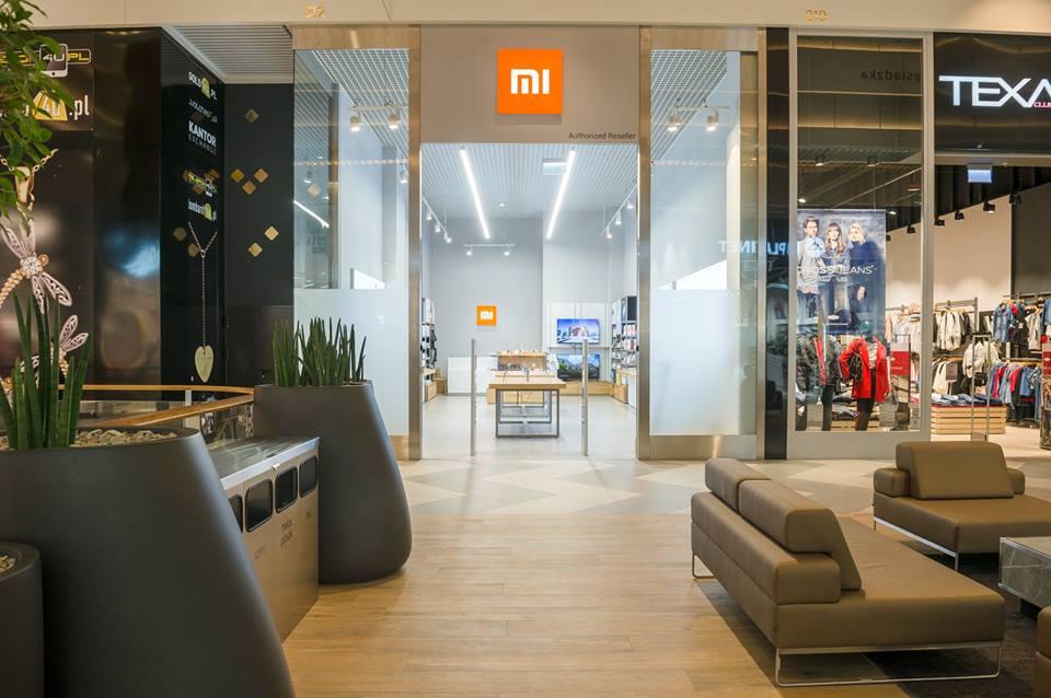 Tak wygląda salon Xiaomi Mi Store w Krakowie. Na otwarcie już czekają tłumy! 17