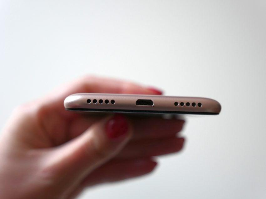 Tabletowo.pl Recenzja Zenfone Max Plus (M1) - jak Asusowi udał się pierwszy smartfon z ekranem 18:9? Android Asus Recenzje Smartfony