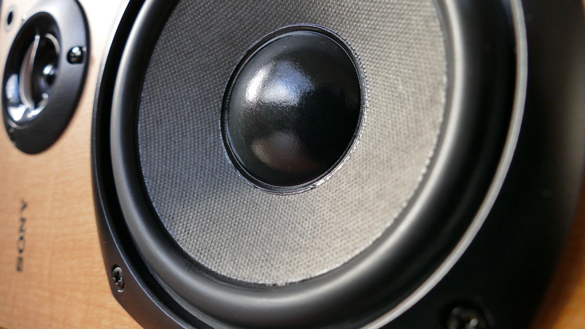 Tabletowo.pl Jak gra Sony Xperia XZ2? Głośno, nawet bardzo głośno Android Ciekawostki Smartfony Sony