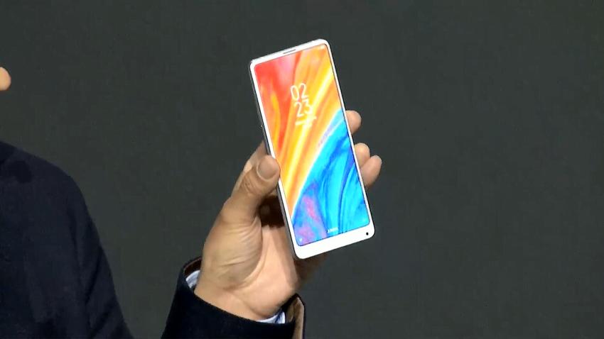Xiaomi pokazuje swojego następnego bezramkowca - Mi Mix 2S. Lepsze zdjęcia niż z iPhone'a X 20