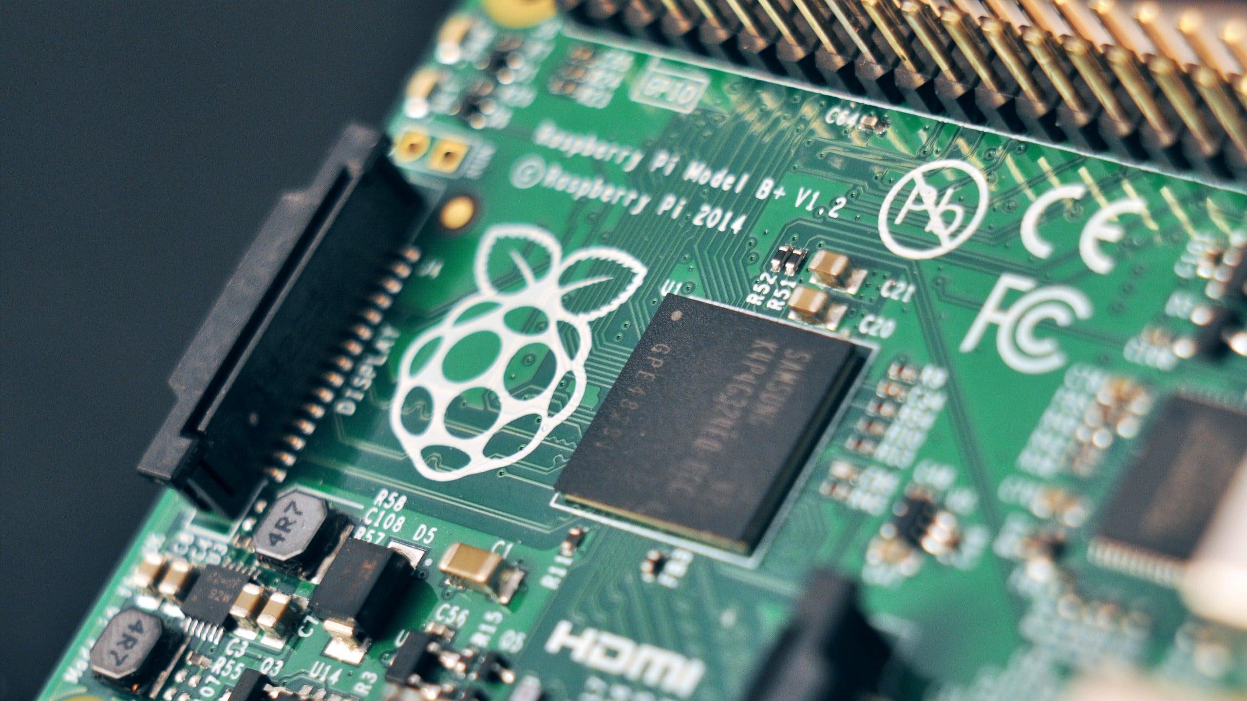 Huawei zaprezentował własną wersję Raspberry Pi z procesorem Kirin 970 17