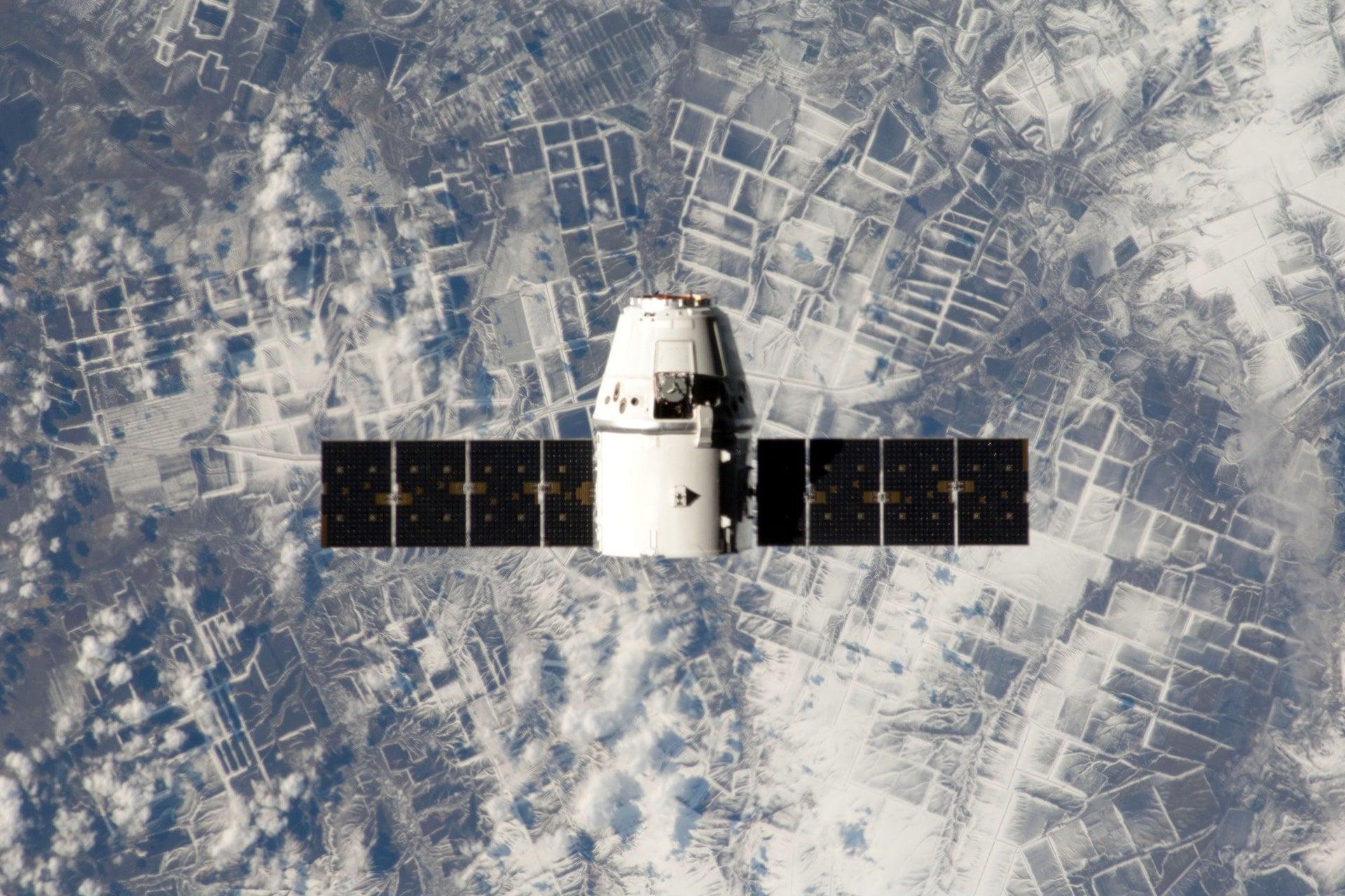 starlink_satelita