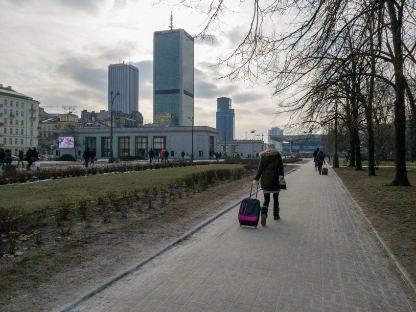 """Tabletowo.pl """"O tym, jak Samsung Galaxy S9+ samego siebie na fotopojedynek wyzwał"""" – o RAW-ach opowieść pokrętna z wrednym morałem Opinie Porównania Samsung Smartfony Technologie"""