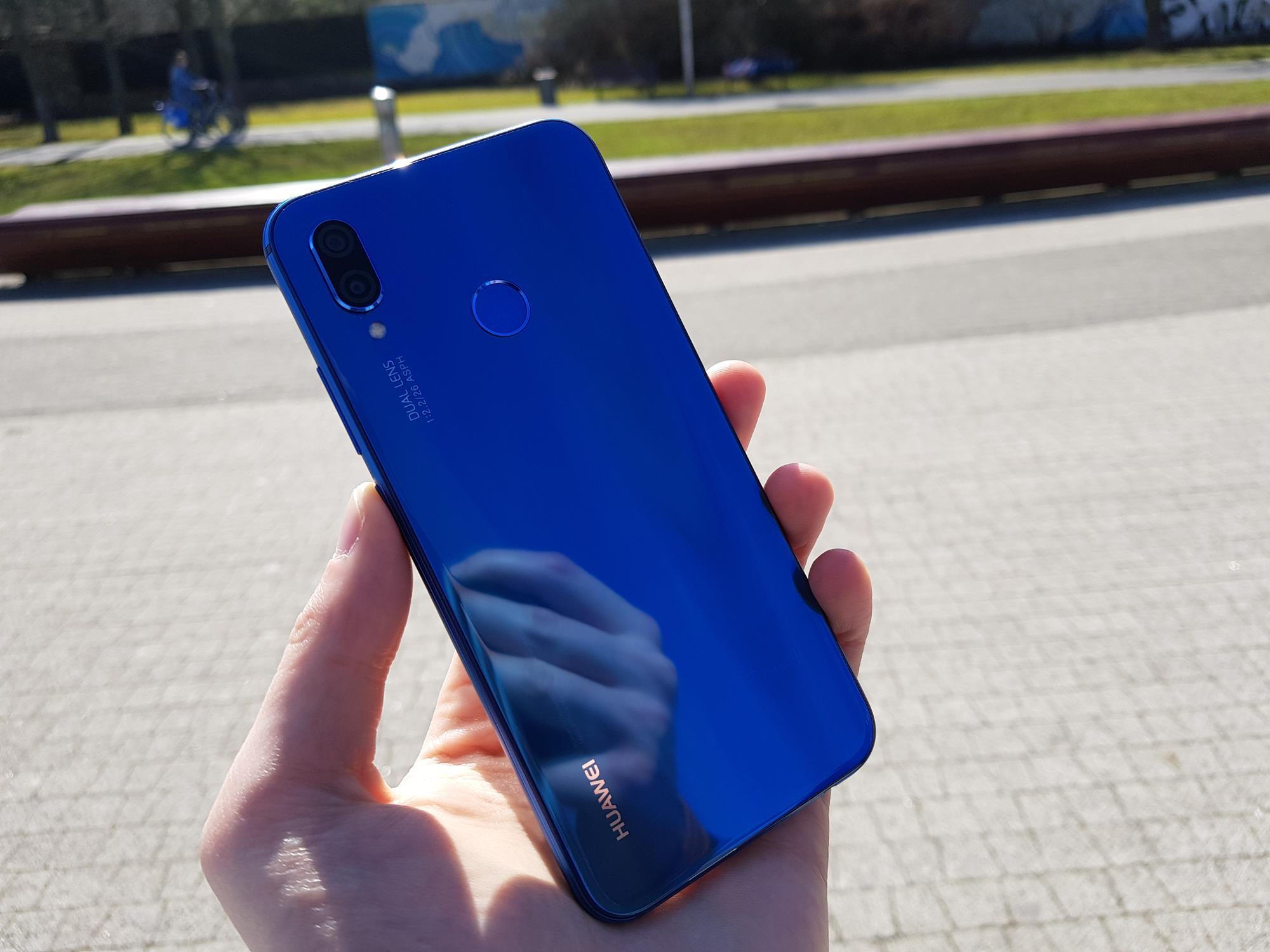 Jaki smartfon do 1200 złotych kupić? (grudzień 2018) 18