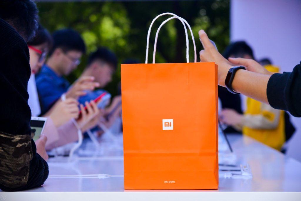 Xiaomi zapowiada promocje na swoje urządzenia, w tym Mi Band 5 i Mi Band 4C. Szykuj pieniądze, bo warto
