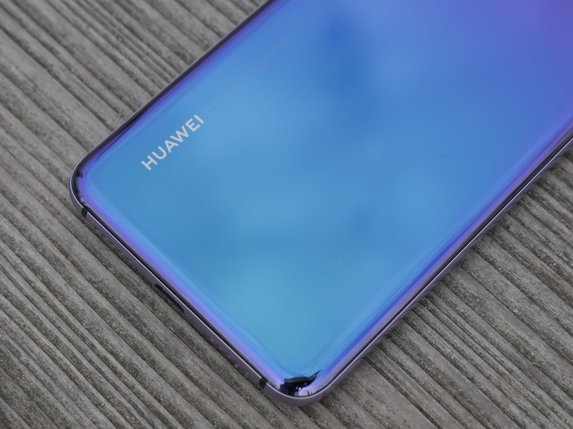 Tabletowo.pl Coraz częściej kupujemy wzrokiem - nie mogę oderwać swojego od P20 Pro w wersji Twilight Android Huawei Smartfony