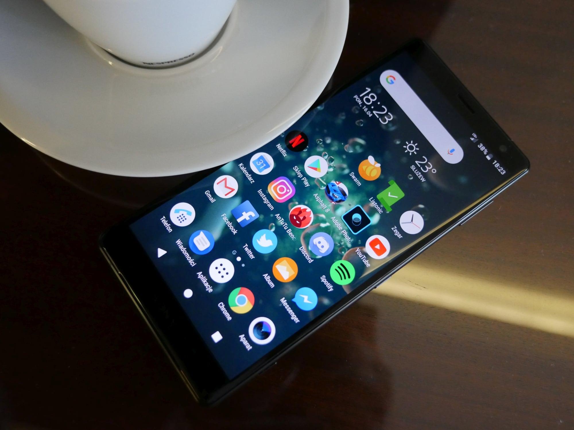 Sony obniża ceny swoich smartfonów. Na przykład ex-flagowa Xperia XZ2 do kupienia za 1799 złotych 23