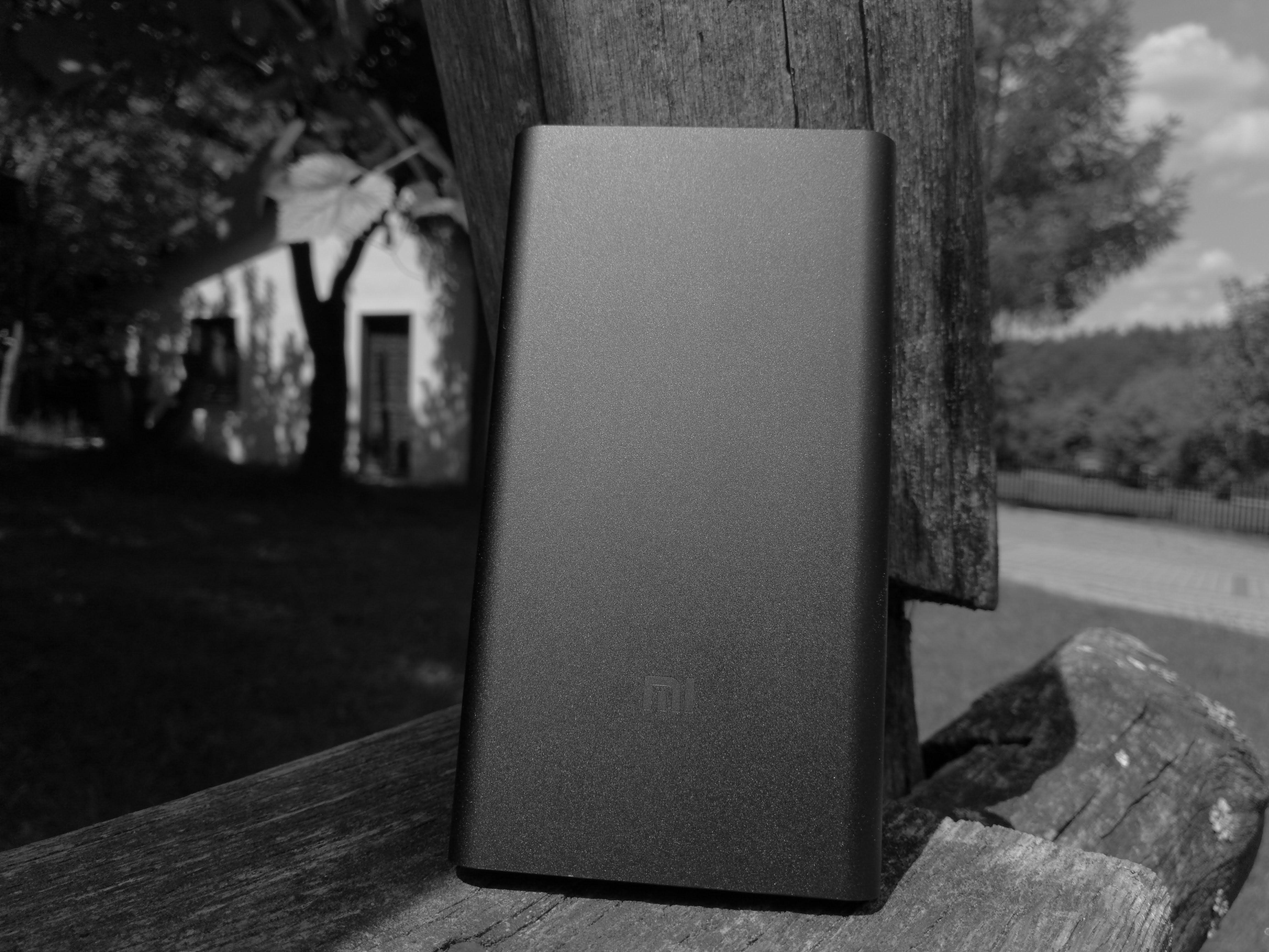 Dzisiaj kiedy baterie to największe bolączki nowoczesnych smartfon³w należy się wyposażyć w jakiś powerbank Na rynku znajdziemy ich wiele
