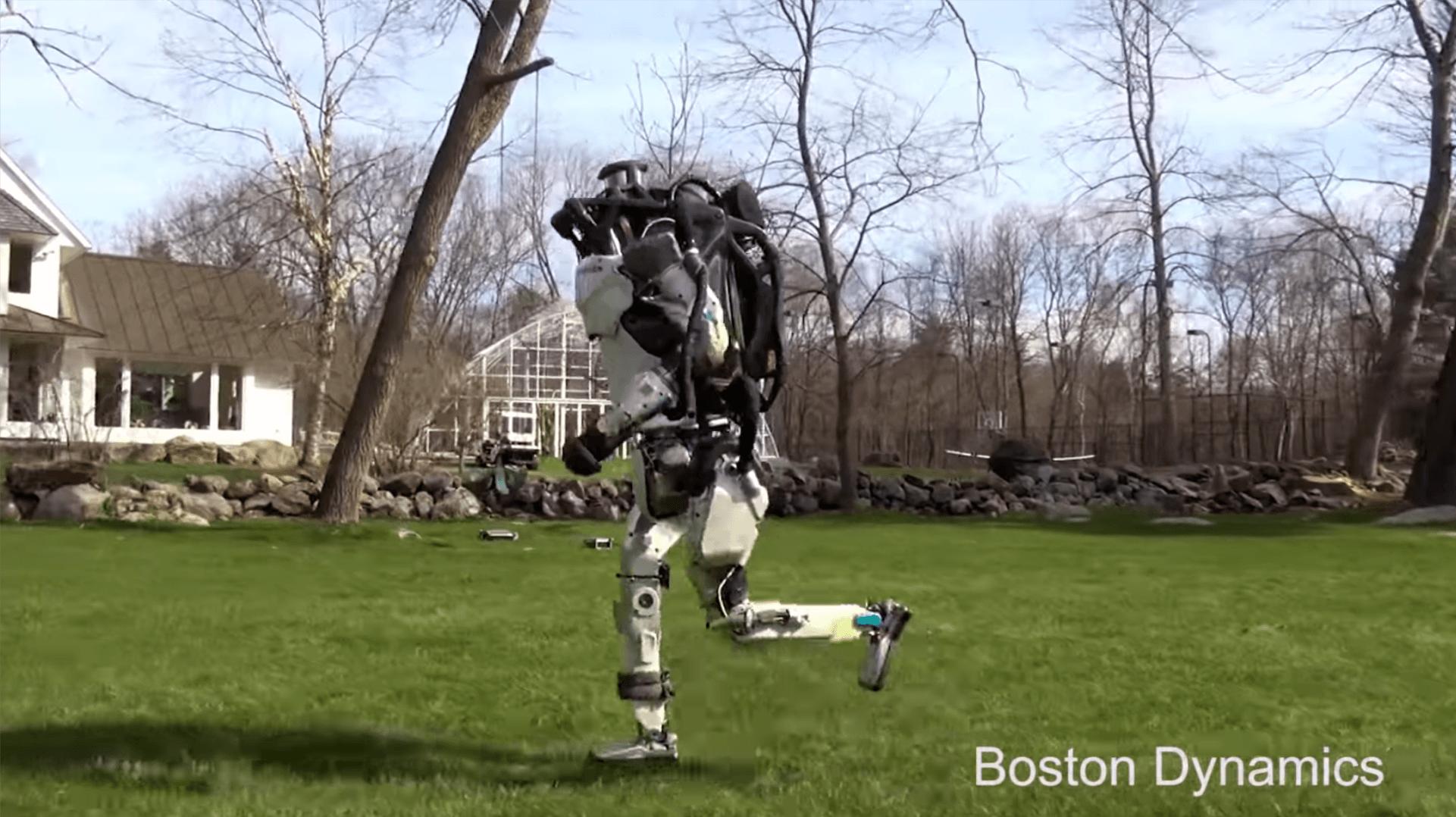 Boston Dynamics znowu straszy nas swoimi robotami. Atlas umie już biegać 18