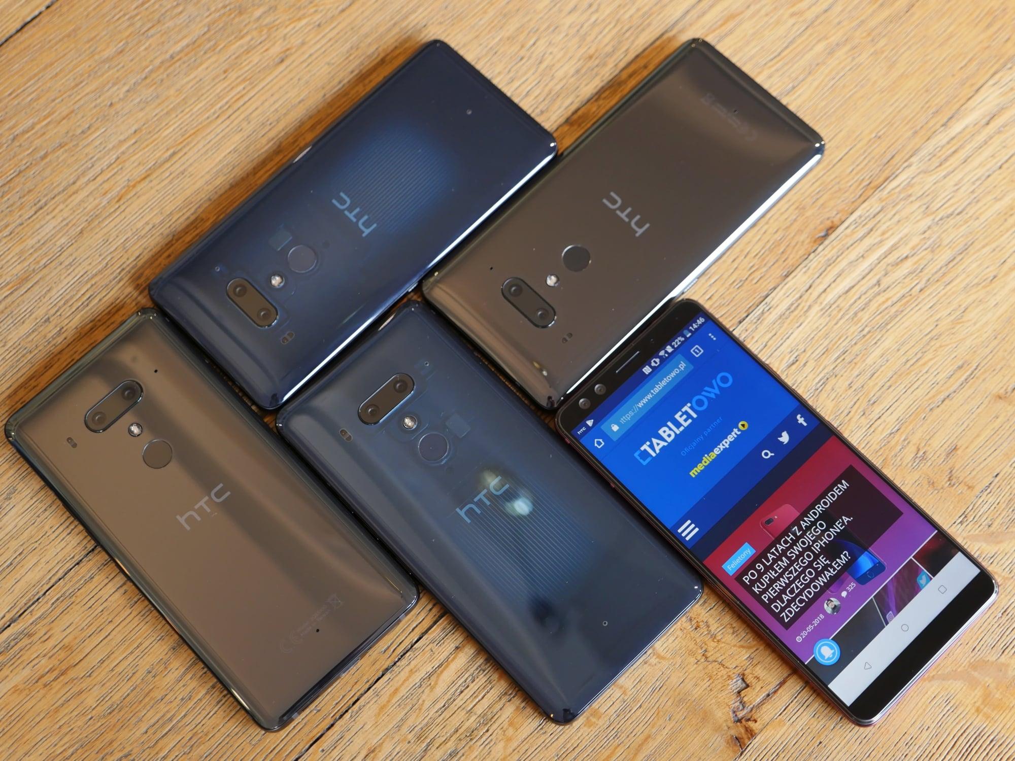 Zack z kanału JerryRigEverything sprawdził, czy HTC U12+ nadrobił błędy poprzednika