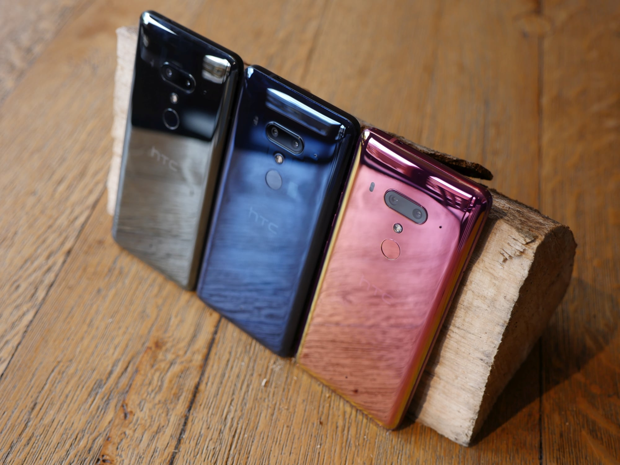 Tabletowo.pl HTC U12+ - ulepszone Edge Sense to coś, co mnie przekonuje. Pierwsze wrażenia Android HTC Smartfony
