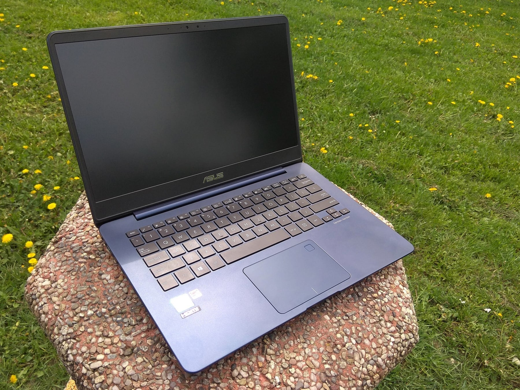 Tabletowo.pl Jak filozofia zen działa w laptopie, czyli recenzja ASUS ZenBook UX430U Asus Laptopy Recenzje Sprzęt Windows