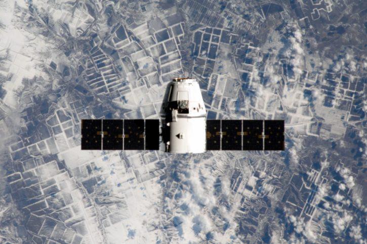 Rywalizacja na orbicie. Facebook chce mieć własne satelity dostarczające internet, na złość Elonowi Muskowi 20
