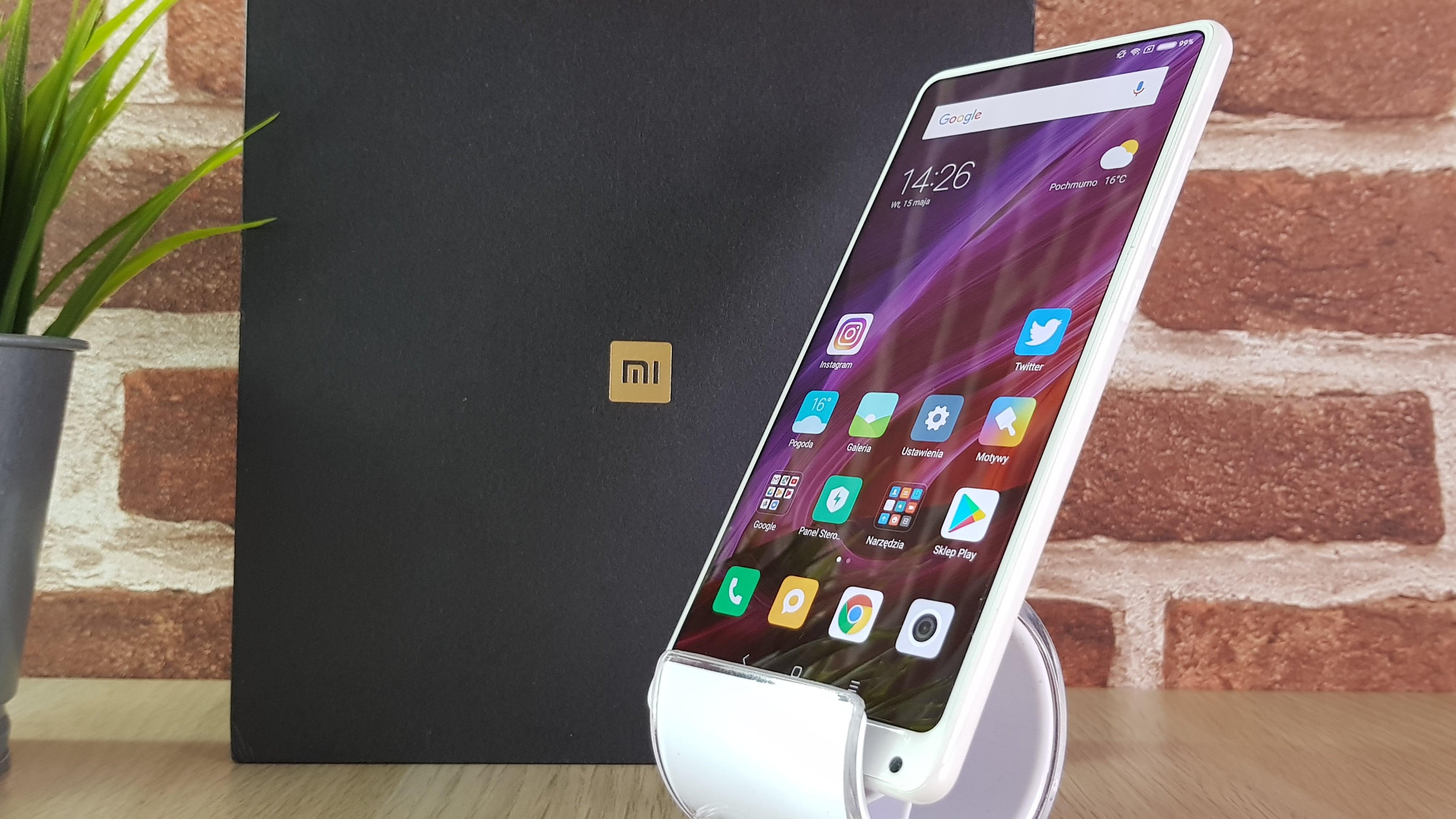 Tabletowo.pl Jaki smartfon kupić do 2100 złotych? (sierpień 2018) Android Co kupić Smartfony