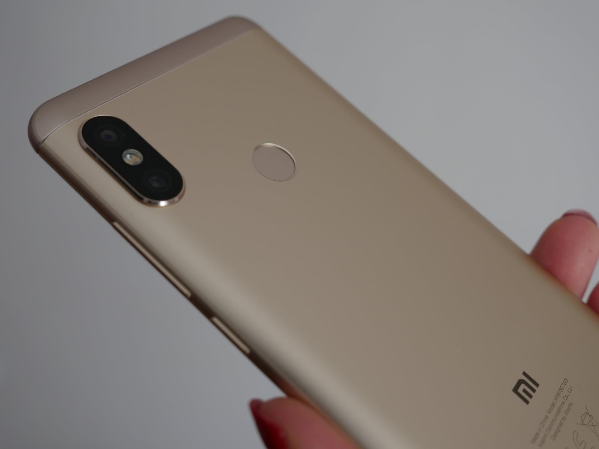 Recenzja Xiaomi Redmi Note 5 Dobry Smartfon Do 1000 Zotych 4 64gb Black W Ciemno Zosta Uznany Za Najciekawszy Dostpny Cenie 900 A Nawet I Tysica Mowa Oczywicie O