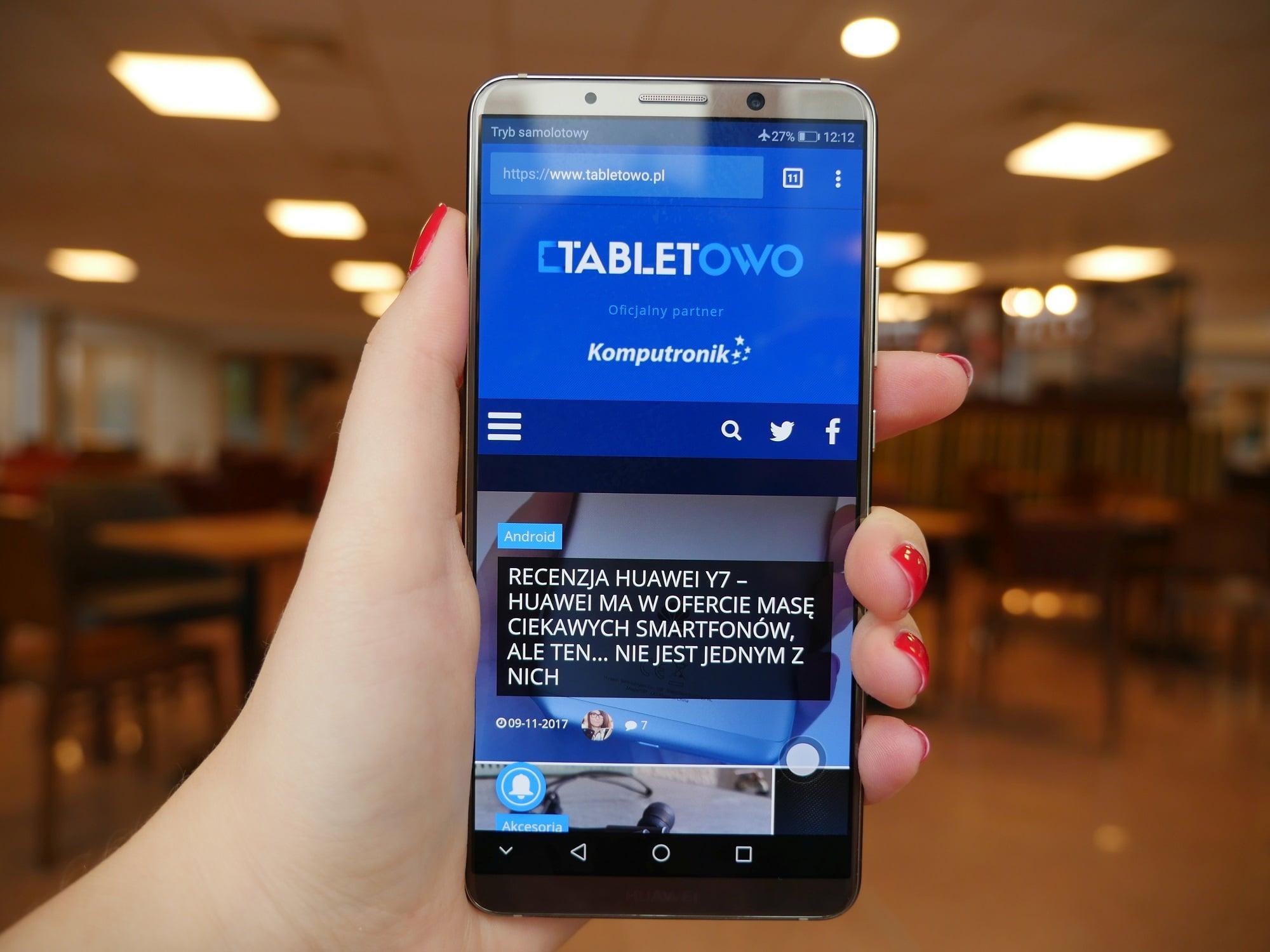 Tabletowo.pl Wracają tablety. Huawei Mate 20 będzie miał wielki ekran AMOLED od Samsunga - 6,9 cala Huawei Plotki / Przecieki Smartfony