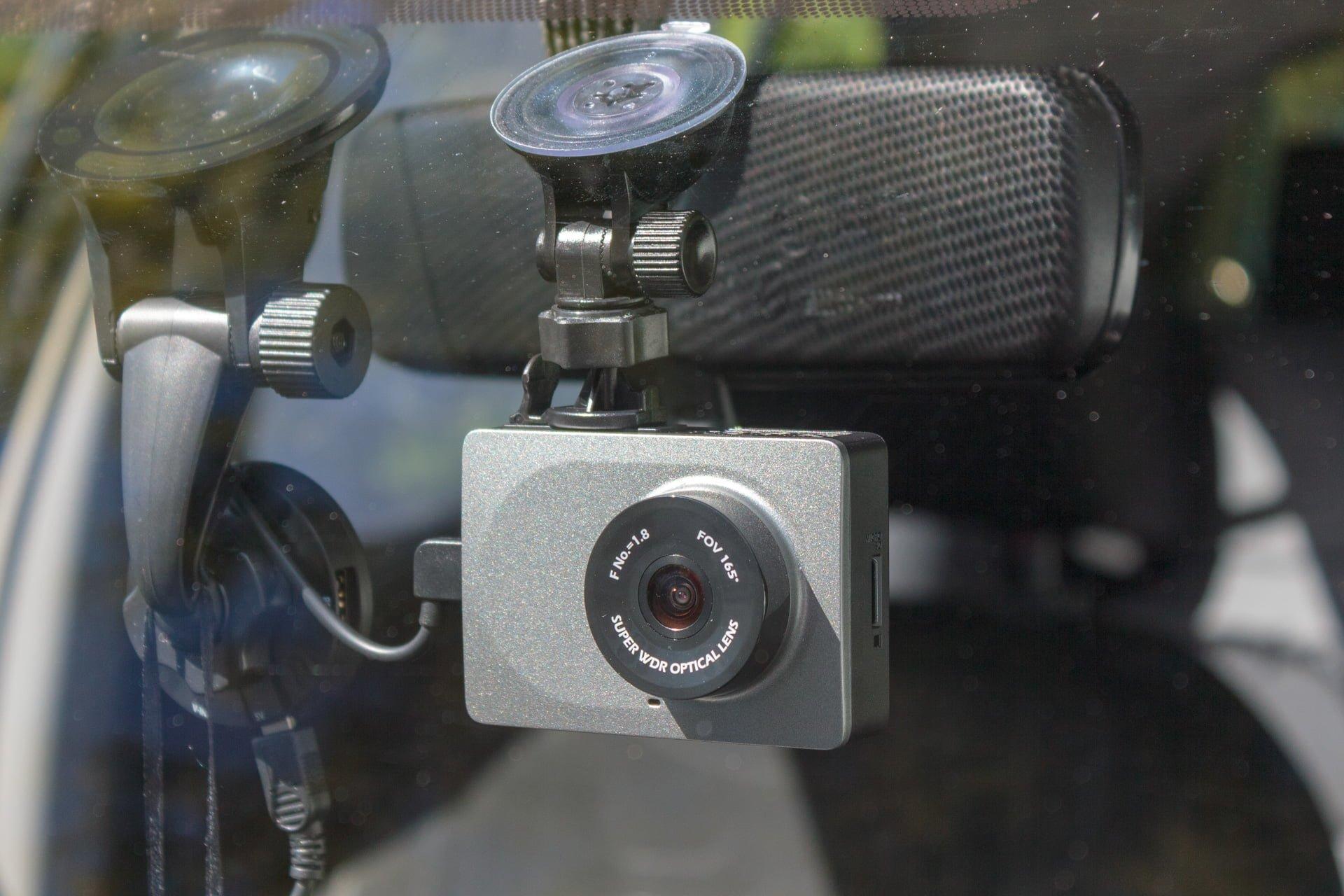 Recenzja YI Smart Dash Camera - rejestrator dla każdego 26
