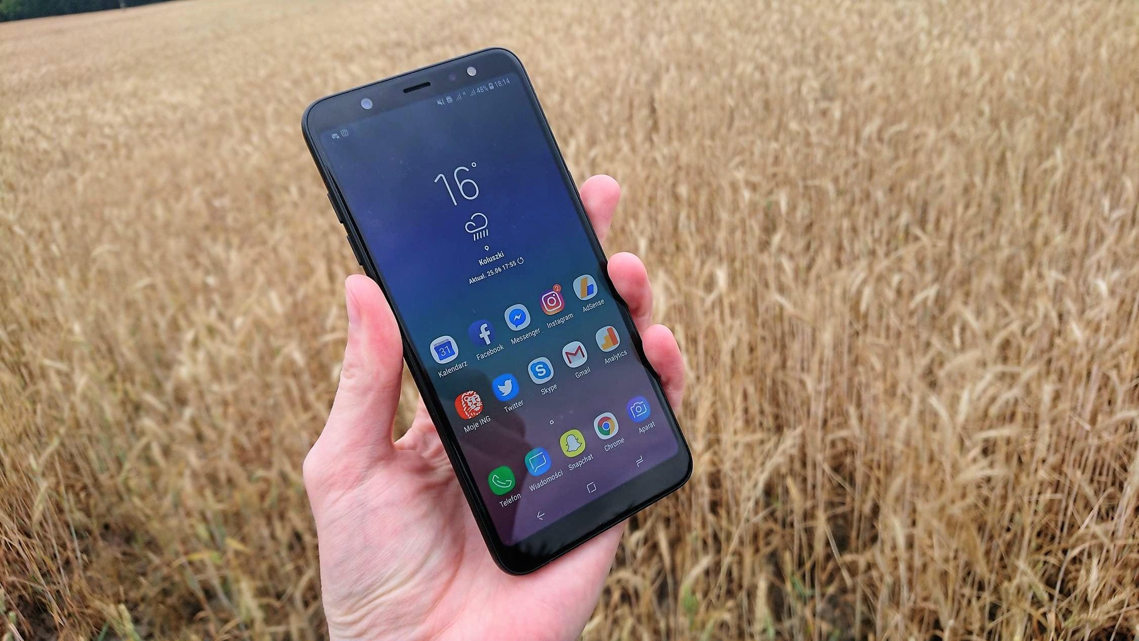 Samsung uzyskał patent na samoleczącą się warstwę oleofobową. Nie naprawi ona jednak pękniętego szkła 19