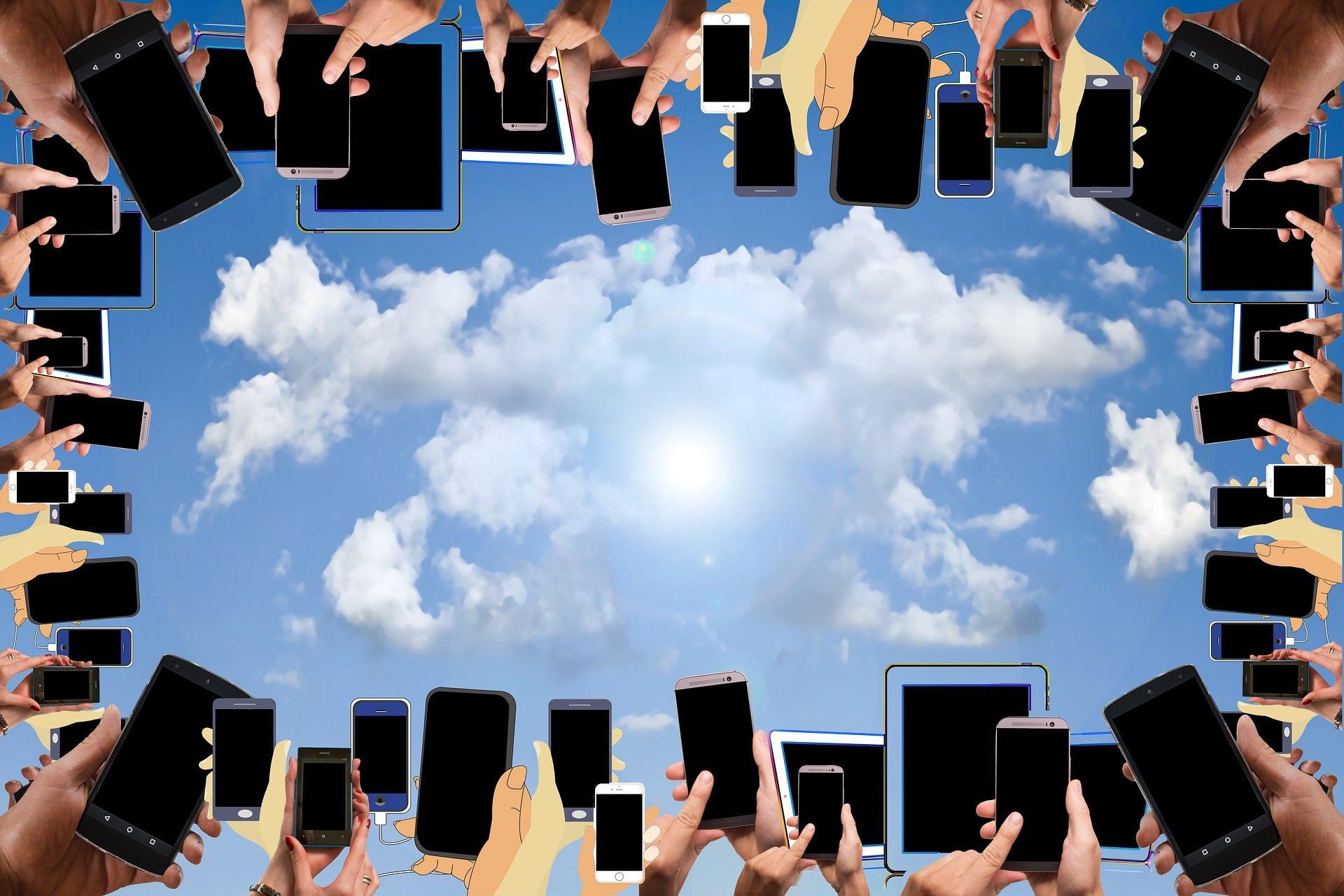 """""""Ex-flagowce"""" i średnia półka pokazują, że na dobry smartfon nie trzeba wydawać kroci. Wreszcie! 23"""