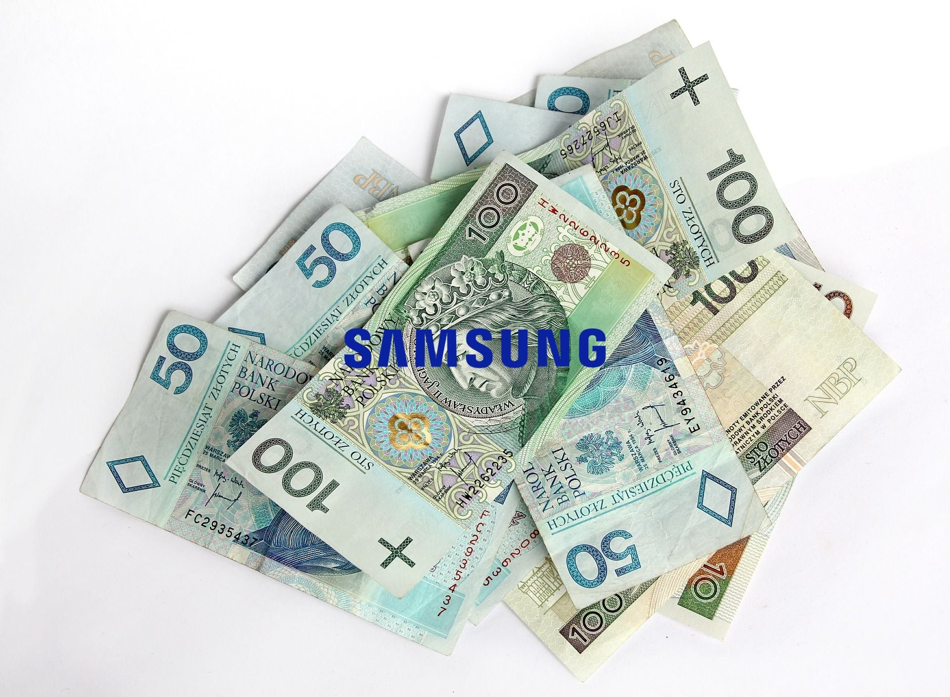 Tabletowo.pl Zacznijcie już zbierać fundusze na zakup składanego smartfona Samsunga, bowiem ma być strasznie drogi Android Samsung Smartfony
