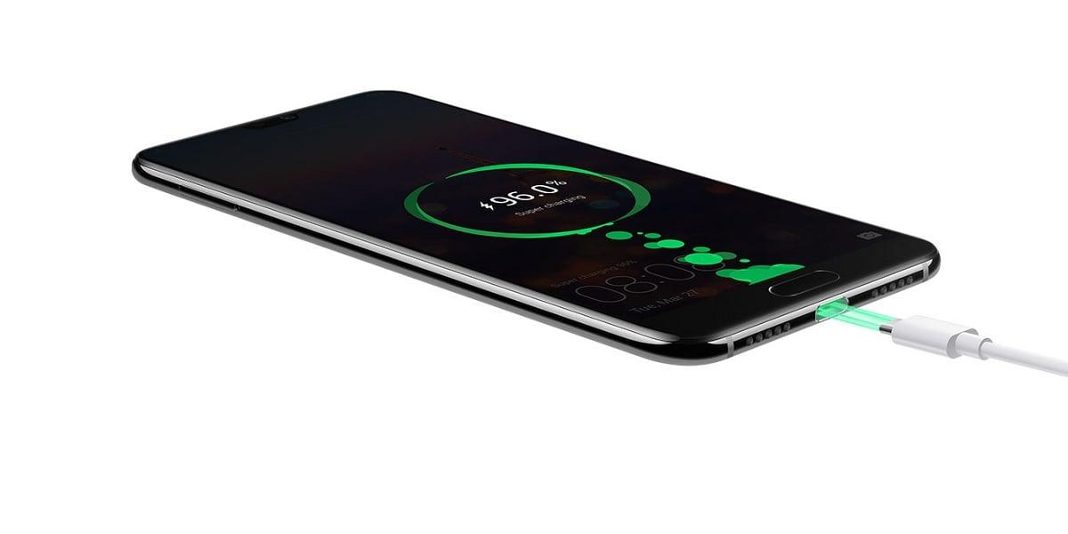 Tabletowo.pl Szybkie ładowanie Huawei wkrótce przyspieszy do 40 W - właściciele smartfonów będą wniebowzięci Android Huawei Smartfony