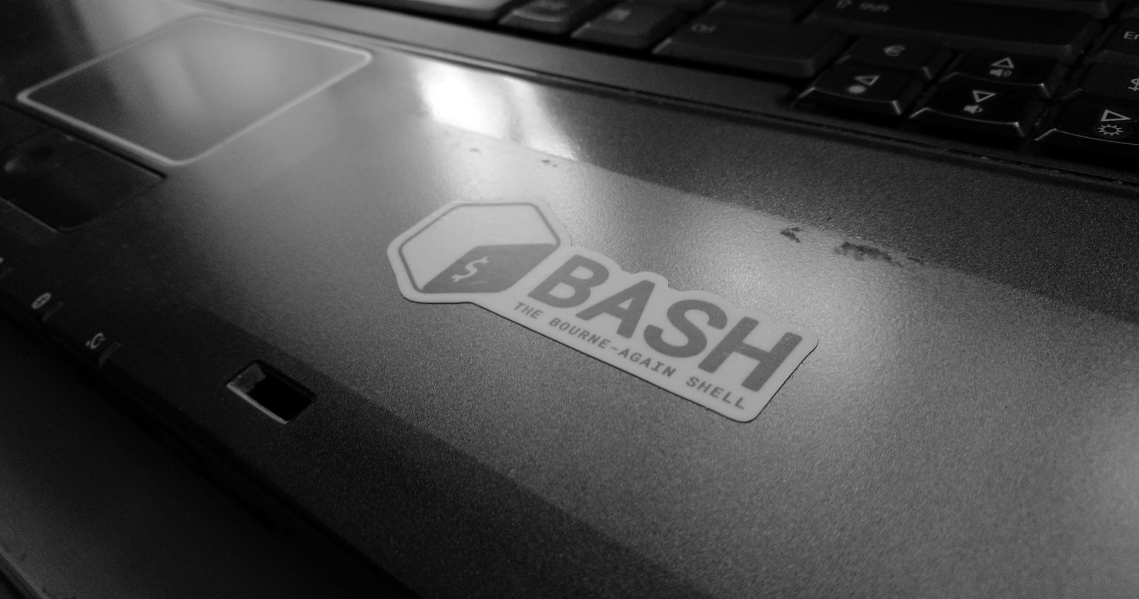 Tabletowo.pl Niewielkim kosztem ulepszamy starego laptopa - co zrobić, by uzyskać żądany efekt i nie wydać majątku? Acer Felietony Linux Porady Ubuntu
